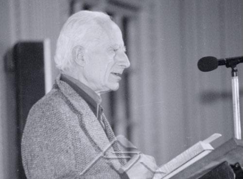Intelectual y teólogo popular